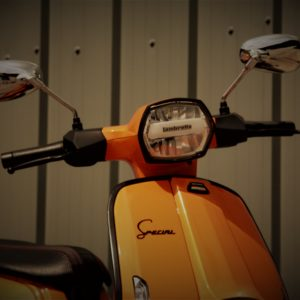 Lambretta V200 Special - Orange Close Up
